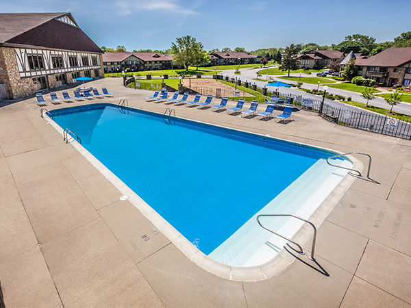 Pool at Castle Point Apartments, South Bend, IN