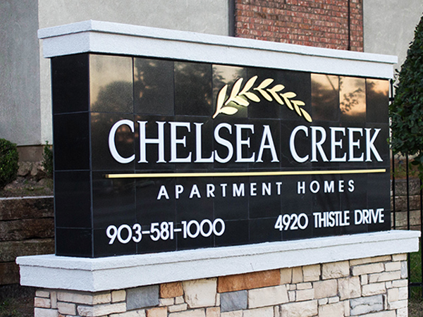 Welcom sign Chelsea Creek Apartment Homes, Tyler TX