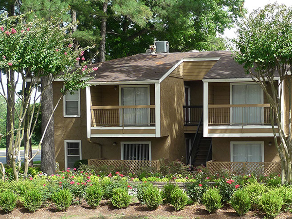 River Oaks Apartments, Tyler, TX
